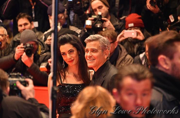 George Clooney invites Amal Clooney to dinner