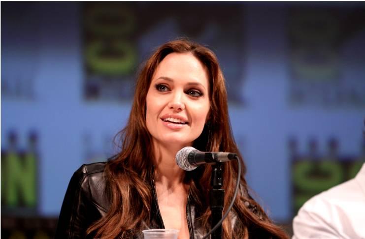 Angelina Jolie, Colin Farrell's secretly dating?