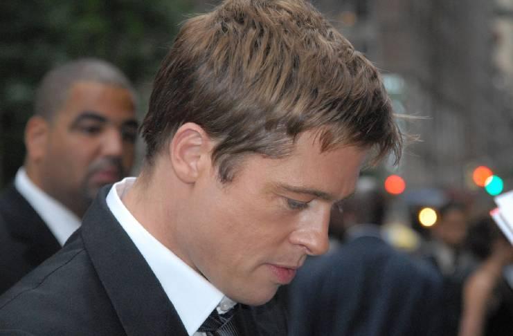 Jennifer Aniston debunks Brad Pitt rumors