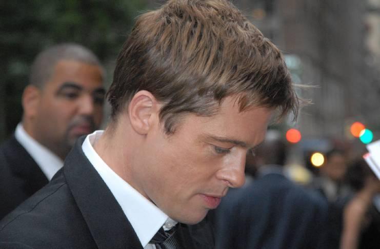 Brad Pitt makes it up to Jennifer Aniston