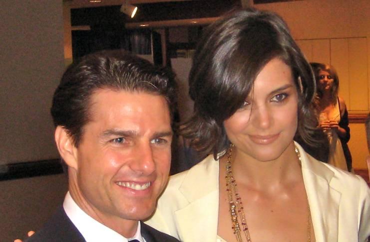 Suri Cruise, Tom Cruise allegedly communicate regularly