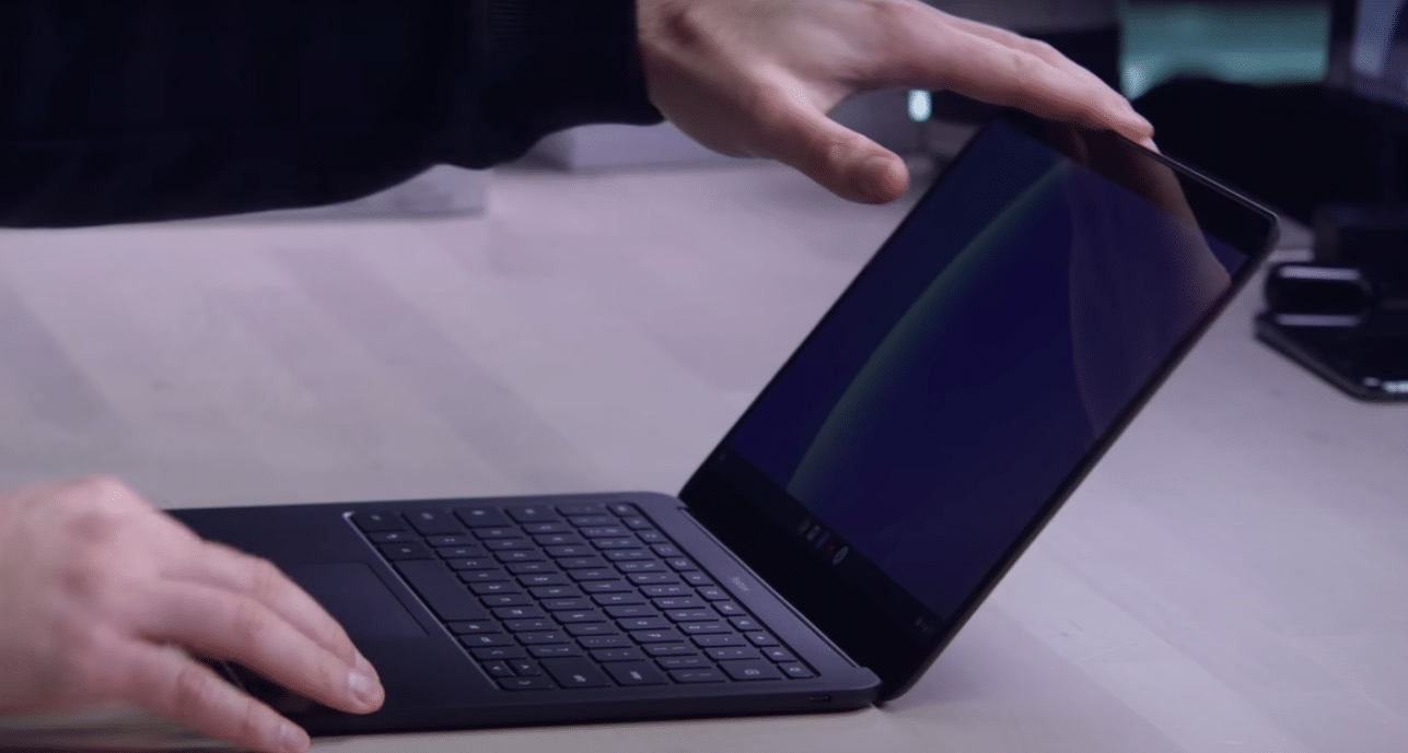 Google experimenting with dual-touchscreen Chromebook