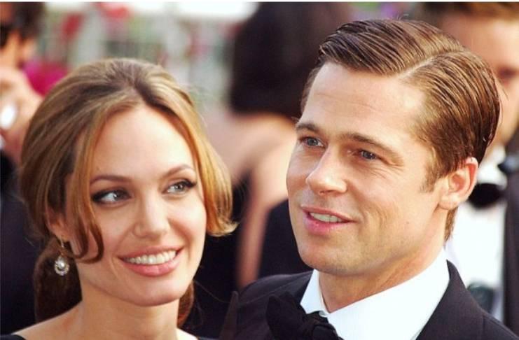 Brad Pitt thinks Angelina Jolie's playing dirty