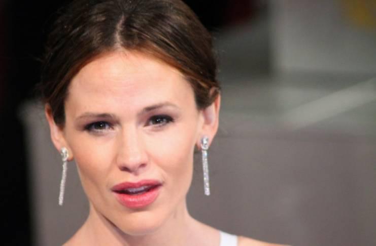 Jennifer Garner prioritized John Miller over herself?