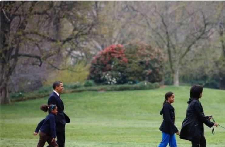 Does Barack Obama hate Malia's boyfriend?