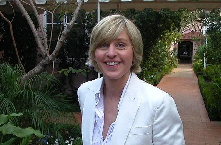 Ellen DeGeneres jokes about eye contact claims