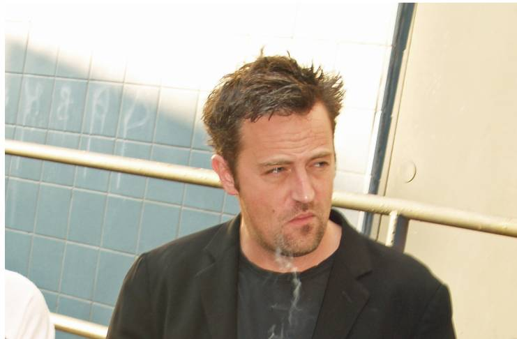 Matthew Perry has a crush on Courteney Cox