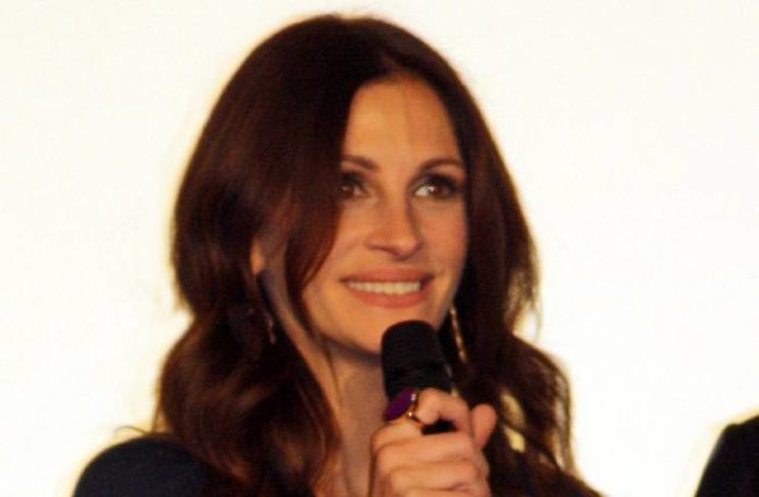 Julia Roberts lost 25 pounds while worrying about Emma Roberts' pregnancy: Rumor