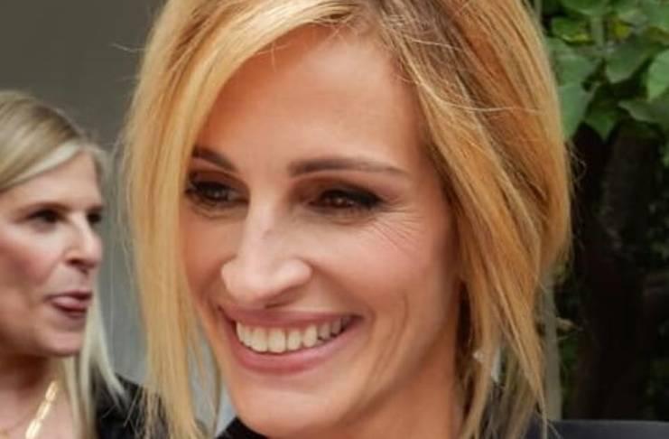 Julia Roberts losing sleep over Emma Roberts' pregnancy