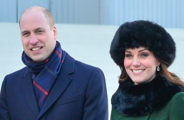 Kate Middleton was not comfortable during engagement announcement, expert says