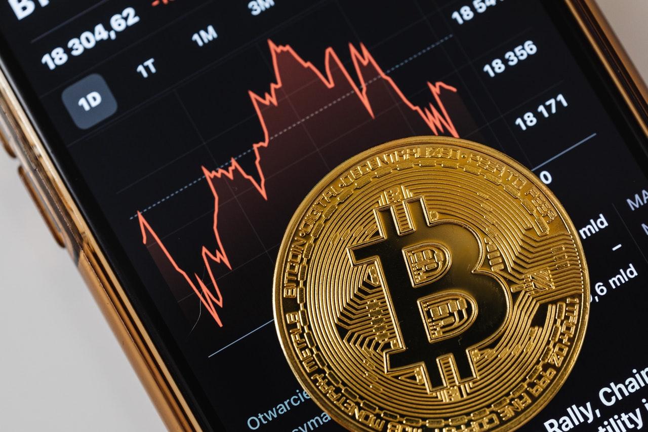 crypto trading singapore btc mazgo pelnas
