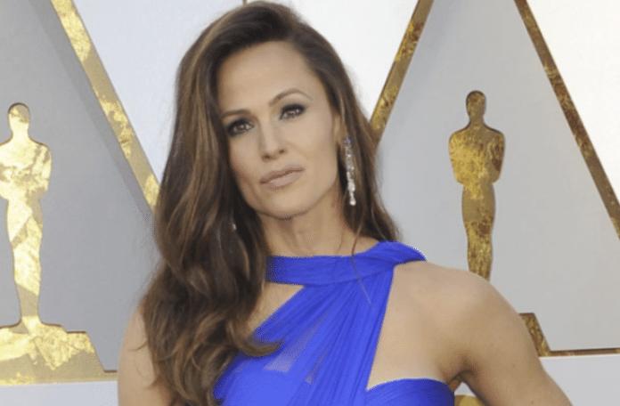 Jennifer Garner dates John Miller again after dozens of expensive gifts: rumor
