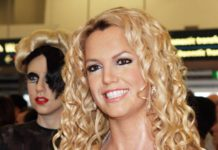 Britney Spears disliked taking a bath causing her to have body odor: Rumor